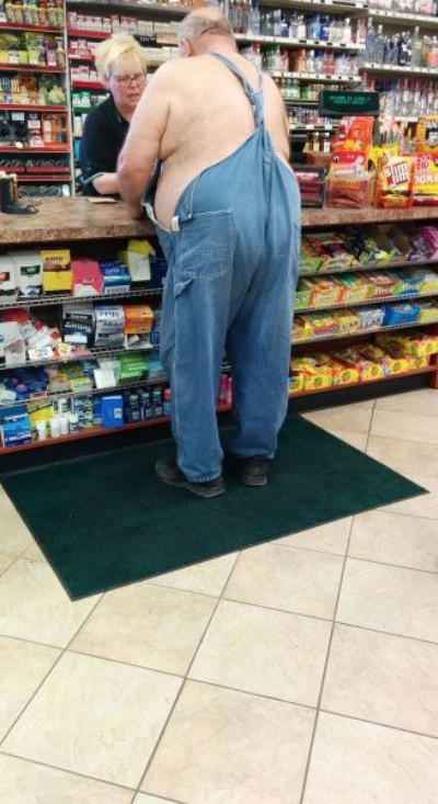 a good pair of overalls lasts a lifetime grandpa goes bareback walmart style funny pictures. Black Bedroom Furniture Sets. Home Design Ideas
