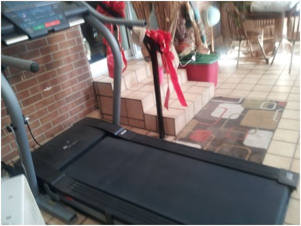 NordicTrack EXP 1000 X. Treadmill