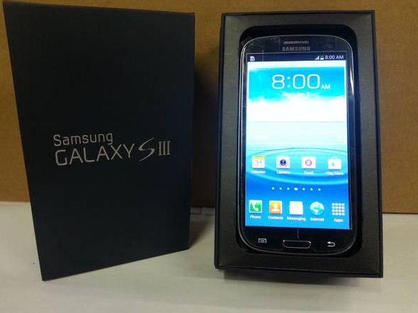 Sold Rogers Fido Chatr Samsung Galaxy S3 With Box And