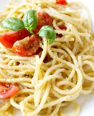 Spaghetti with Pesto Trapanese - Recipe