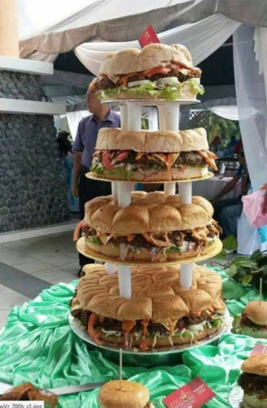 Redneck Wedding Cake Hamburger Layer Cake Fattening