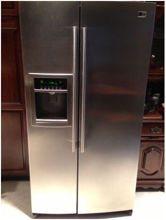 2 Year Old LG Double Door SS Fridge With Icemaker   Classified Ad   New  York, NY   Faxo